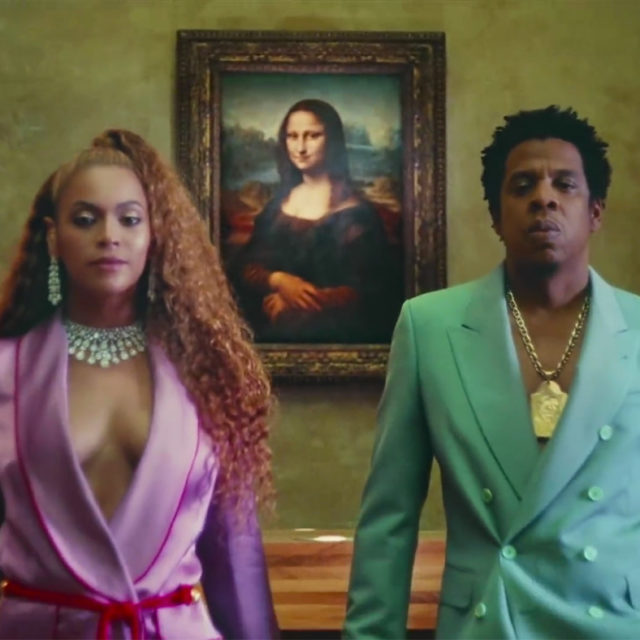 Jay-Z and Beyoncé in front of the Mona Lisa